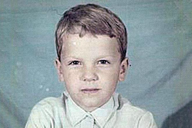 Дмитрий Ларин в детстве
