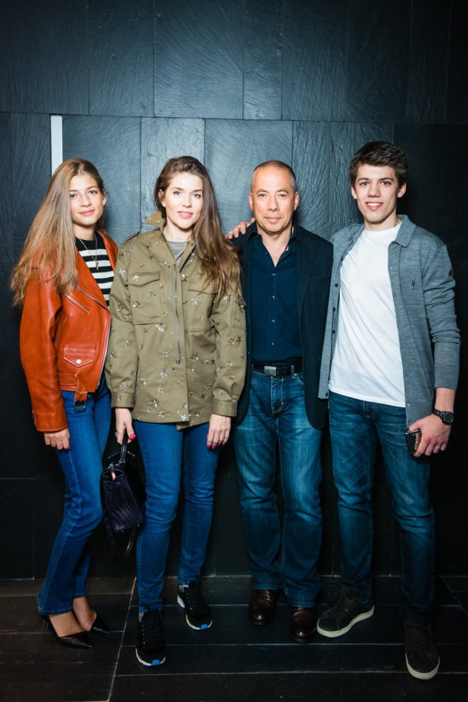 Аркадий Новиков дети