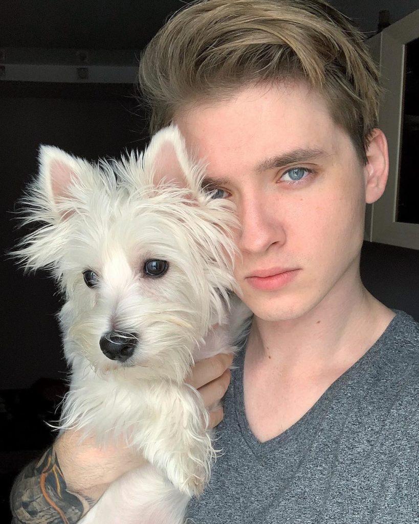 Макс Ващенко с собакой