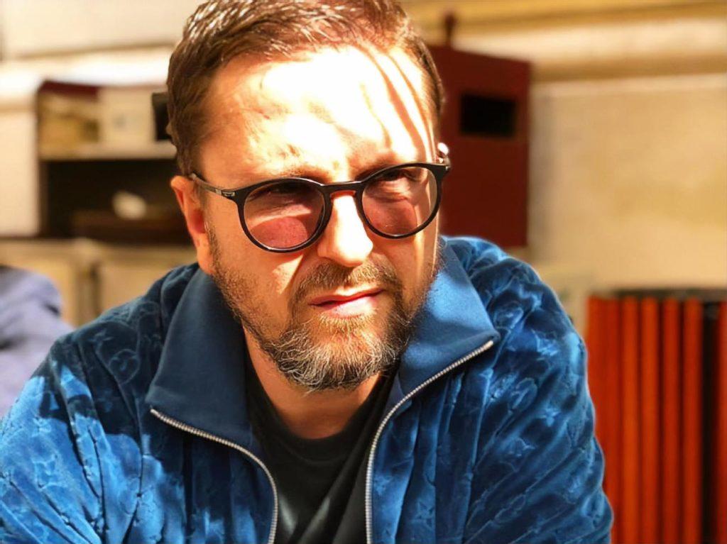 Анатолий Шарий журналист